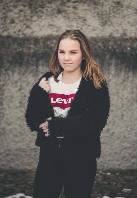 Modell: Thea Olsson